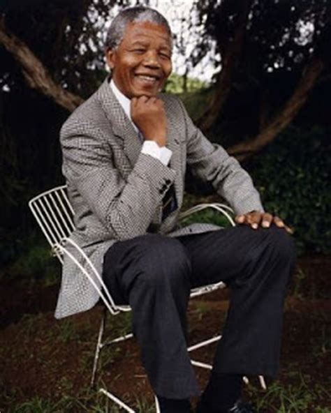 aliberz nelson rolihlahla mandela biography aliberz nelson rolihlahla mandela first black president of south
