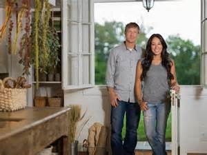 Joanna gaines fixer upper search pictures photos