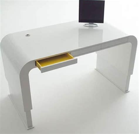verstellbarer schreibtisch height adjustable desk by petersen tank collection