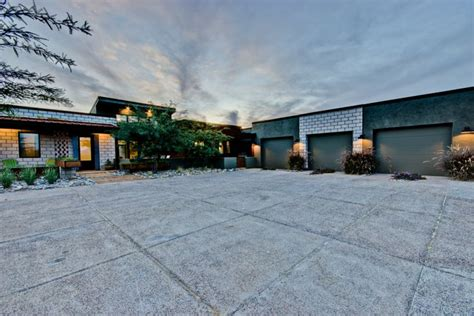 Square Feet Of 3 Car Garage car garage with 1400 square feet of space for your man or woman