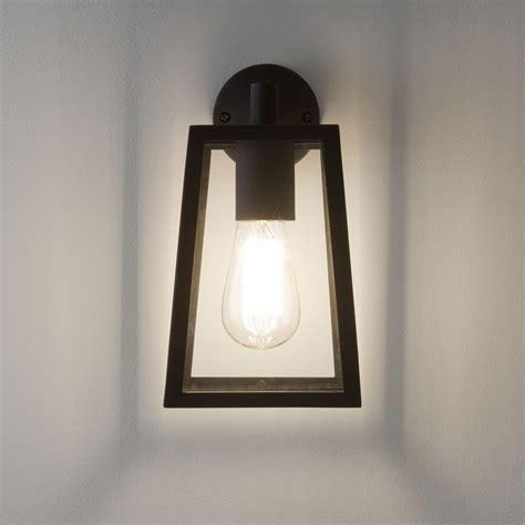 ax7105 calvi wall lantern in textured black with clear
