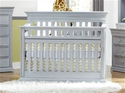 Legendary Crib by 1000 Images About Grey Cribs On Flats