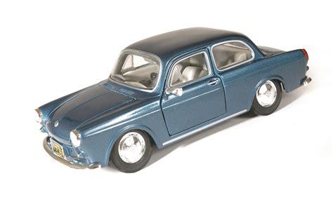 volkswagen maisto maisto 1964 volkswagen 1600 notchback die cast x