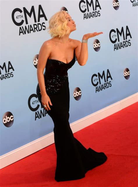 country music events in nashville 2013 kellie pickler country music association awards 2013 07
