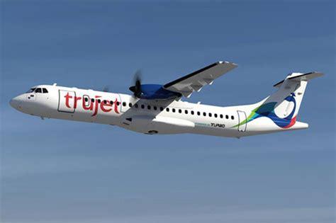 ram airlines ram charan s trujet passengers protest telugumirchi