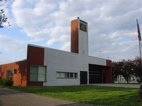 famous modern architects in post modern era home architecture robert venturi