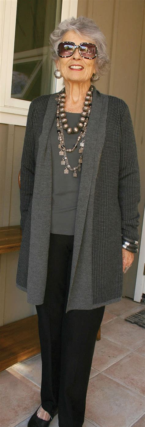clothing styles for 70 year old women clothing styles for 70 year old women new york s most