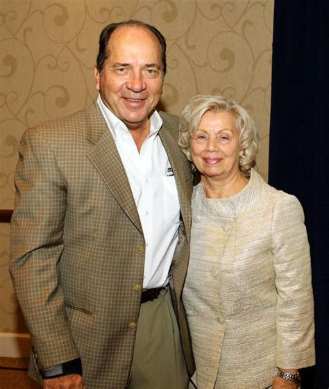johnny bench family lehigh valley scene johnny bench packs the house for