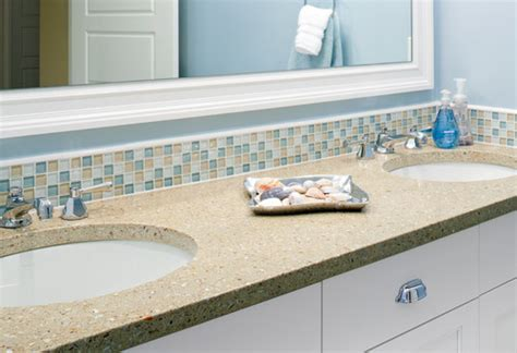 glass border tiles for bathrooms is the rope row border on top of the glass tile
