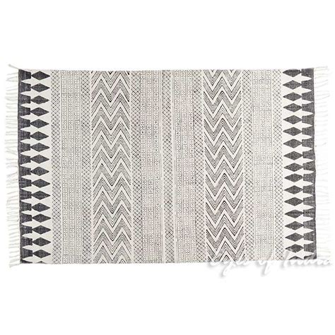 flat woven cotton rug white black cotton block print area accent flat weave woven dhurrie rug 4 x 6 ft dhurrie