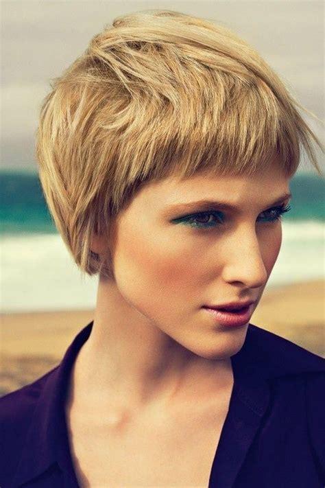 popular short haircuts  thick hair popular haircuts