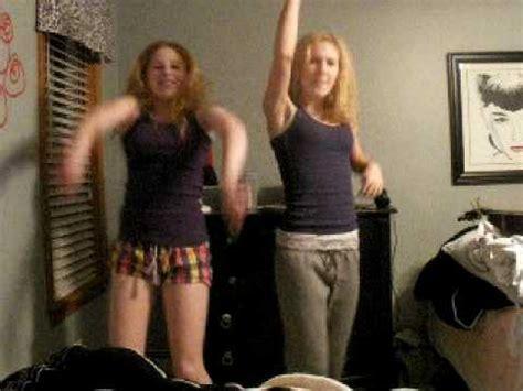 tik tok kesha dance tutorial dancing to tik tok by ke ha youtube