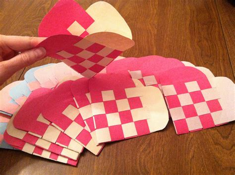 How To Make Woven Paper Hearts - how to make woven paper envelopes katy and nick
