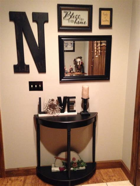 Small Table For Entryway Small Entryway Table Ideas Best 25 Small Entry Tables Ideas On Foyer Table Decor
