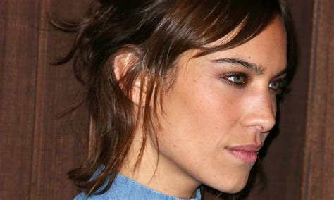 womens sideburns how to fix them how to cut sideburns on short hair for women