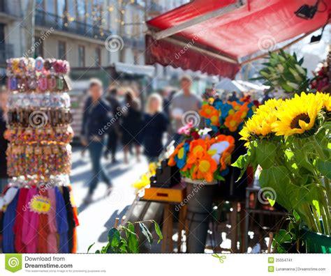 mercato dei fiori barcellona vita di via di barcellona ramblas in autunno