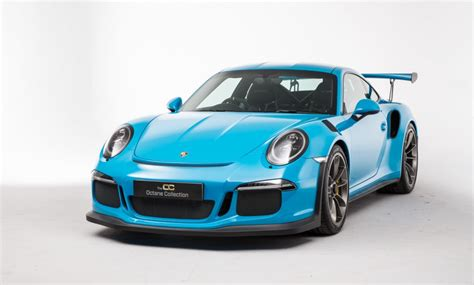blue porsche 2016 porsche 991 gt3 rs looks killer in miami blue