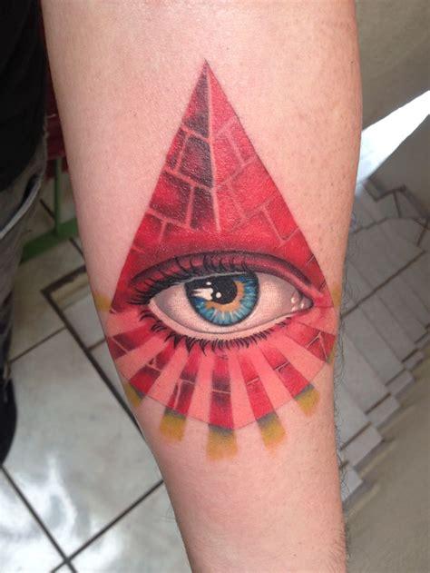 8 triangle eye tattoos on chest third eye triangle tattoo third eye triangle pinterest
