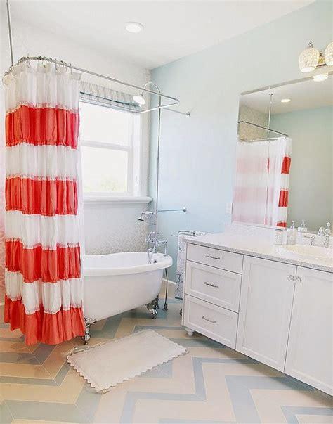 Aqua Bathroom Paint by In This Spacious Bathroom Pale Blue Tidewater Sw 6477
