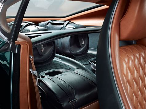 bentley exp 10 interior bentley presents the exp 10 speed 6 in geneva trendland