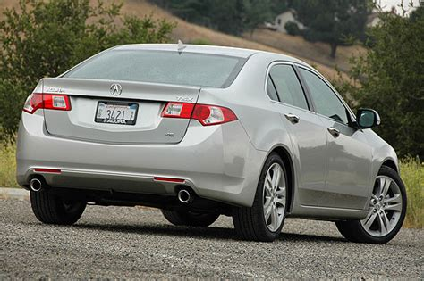 2010 acura tsx review 4 cylinder 2010 acura tsx reviews autoblog and new car test drive