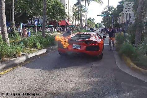 Lamborghini Brennt by Lamborghini Brennt In Miami Video Autobild De
