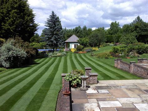 Greenthumb Hshire South East Lawn Care Experts Green Thumb Landscape