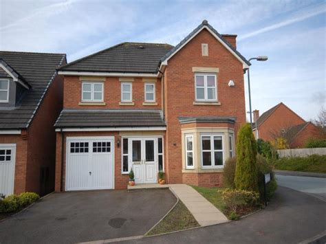 4 bedroom detached house for sale in alderson drive