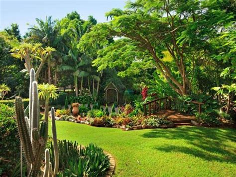 landscaped gardens ideas landscaped garden design using grass with outdoor dining