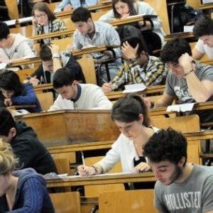 test di ingresso medicina test di ingresso universit 224 pi 249 posti per medicina
