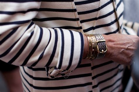 Life´s too short to wear bad clothes: Arm Candy: Cartier Love Bracelet.