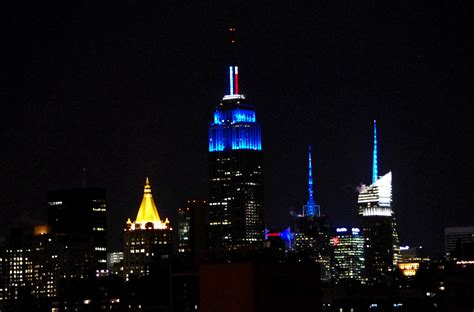 St Dasblue Zp file empire state building blue obama election jpg wikimedia commons