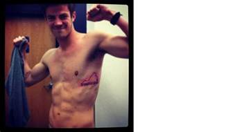 grant gustin 5 facts about the flash actor including