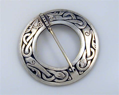 Pin Peniti 48mm Design Bebas Custom Pin celtic circle brooch pin metamorphosis jewelry