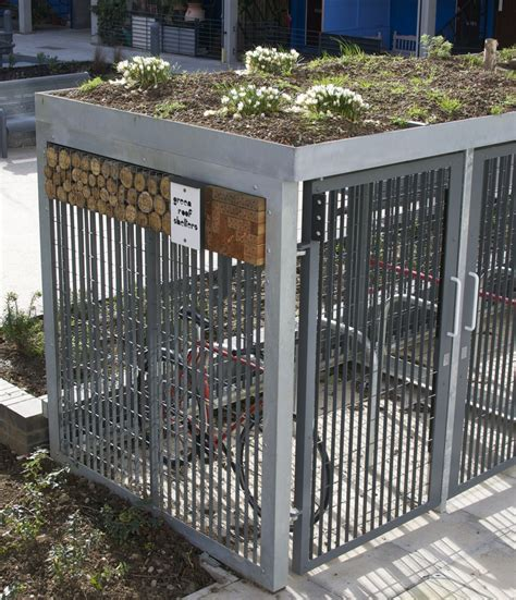 living roof bike shed a bike shed should a green roof small scale green