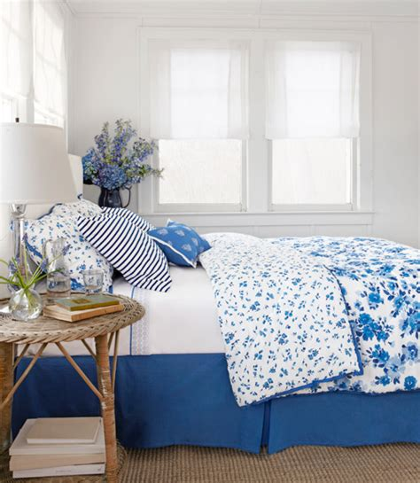 blue and white room belle on heels blue and white bedroom