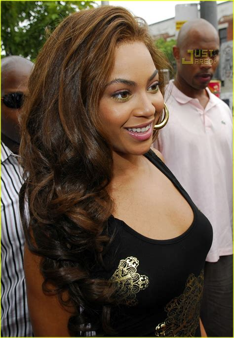 Beyonce Solange And Tina Launch The Dereon Juniors Line In Canada by Beyonce Launches Dereon For Juniors Photo 532671