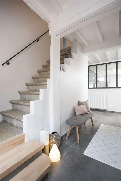 decoration escalier interieur maison deco entree maison interieur mambobc