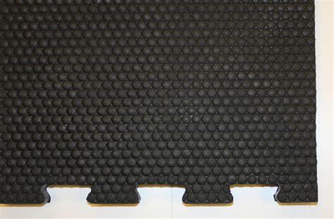 Cow Mats by Rubber Cow Matting