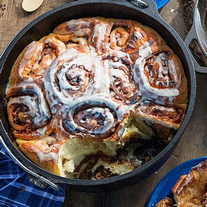 15 dutch oven dessert recipes