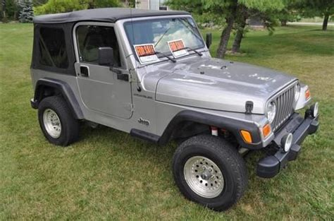 download car manuals 2001 jeep wrangler engine control sell used 2001 jeep wrangler se sport utility 2 door 2 5l 52k miles 5 speed manual in fort