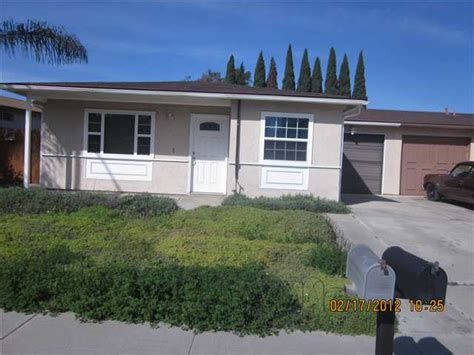 261 lustrosos st oceanside california 92057 reo home