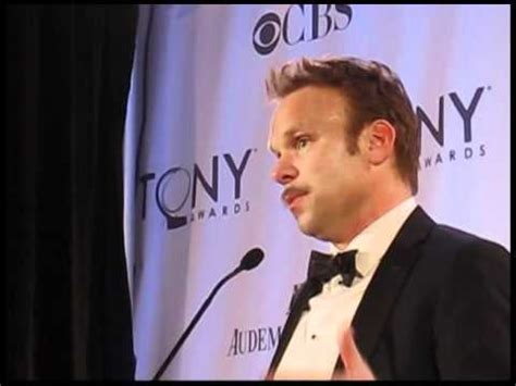 norbert leo butz youtube norbert leo butz back stage at the 2011 tony awards youtube