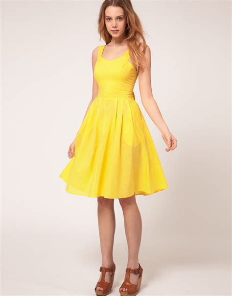 Summer Dresses by Yellow Summer Dresses Must In Your Closets
