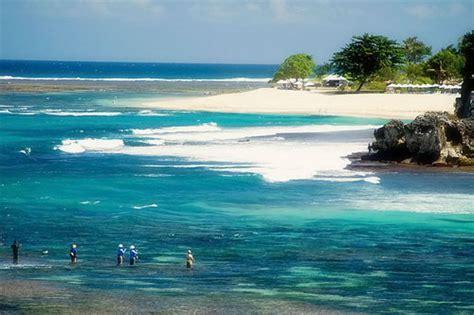 geger sawangan beach beautiful beach  nusa dua bali