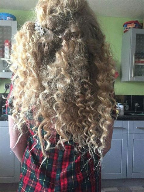 hairstyles with chopstick curls pencil curls styles how to curl your hair using a pencil