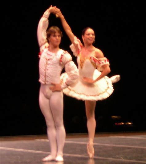 Description Of A Dancer by File Ballet Nacional De Cuba Pas De Deux Jpg