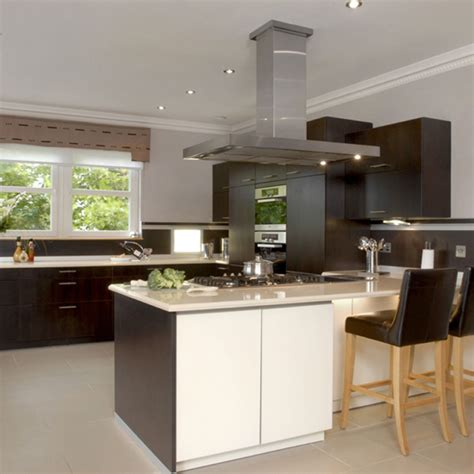 cream kitchen ideas cream and cocoa kitchen kitchen design decorating