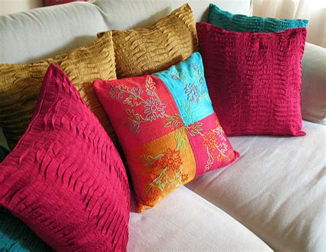 throw pillow ideas creative throw pillow designs interiorholic com