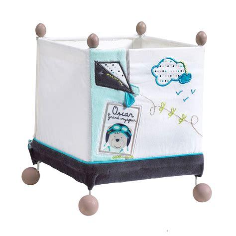 le de chevet bebe lazare le de chevet carr 233 e bleu blanc de sauthon baby d 233 co les aubert